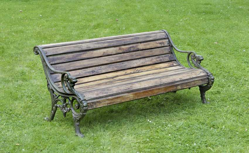 Amazing Lot 2600 Victorian Garden Bench From The Auction Catalog Machost Co Dining Chair Design Ideas Machostcouk