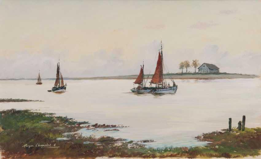 Рыбацкие лодки на реке - фото 1