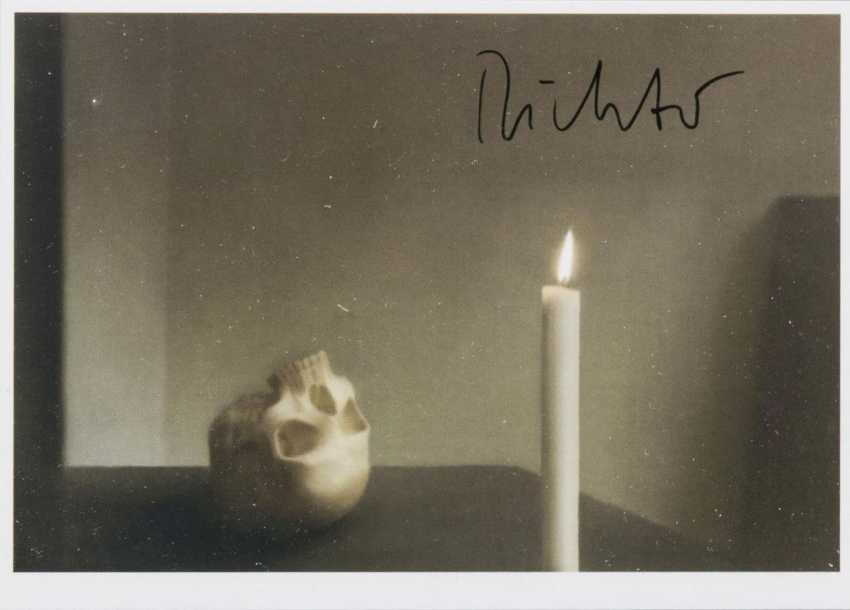 Череп со свечой - фото 1