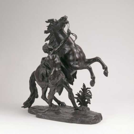 Большая фигура 'Росс укротитель' ген. 'Лошадь Marly' - фото 1