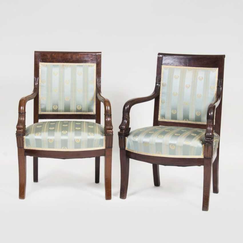 Пара бидермейер стулья с подлокотниками Дельфин Декор - фото 1