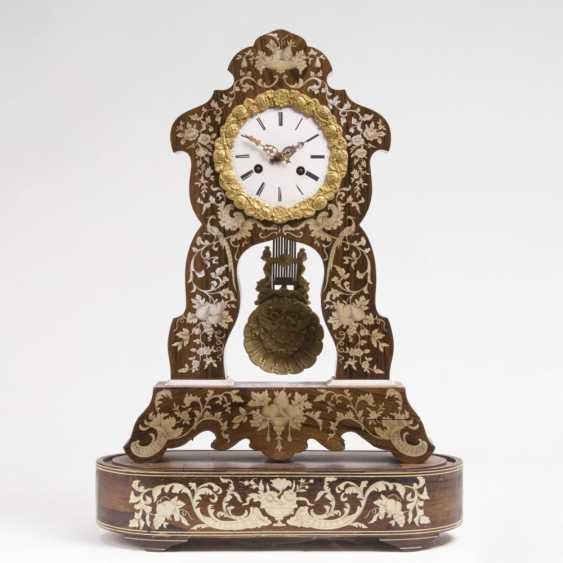 Наполеон III пышности pendule с цветочным маркетри - фото 1