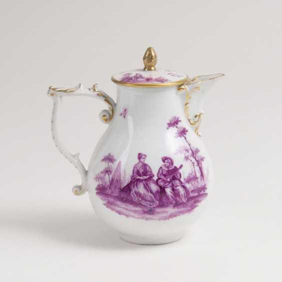 Небольшой кувшин с Ватто живопись в пурпур-Camaieu - фото 1