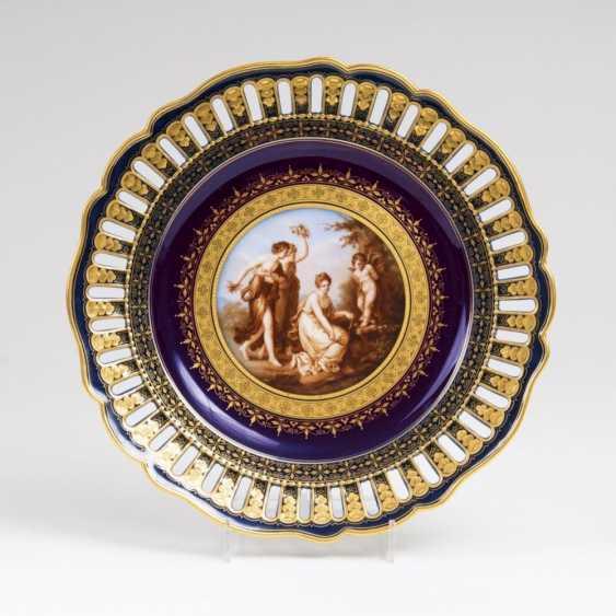 Точное изображение тарелки с мифологические сцены после Анжелики Кауфман - фото 1