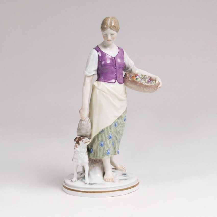 Югендстиль-фигур 'Landmädchen Wachtelhund МТИ' - фото 1
