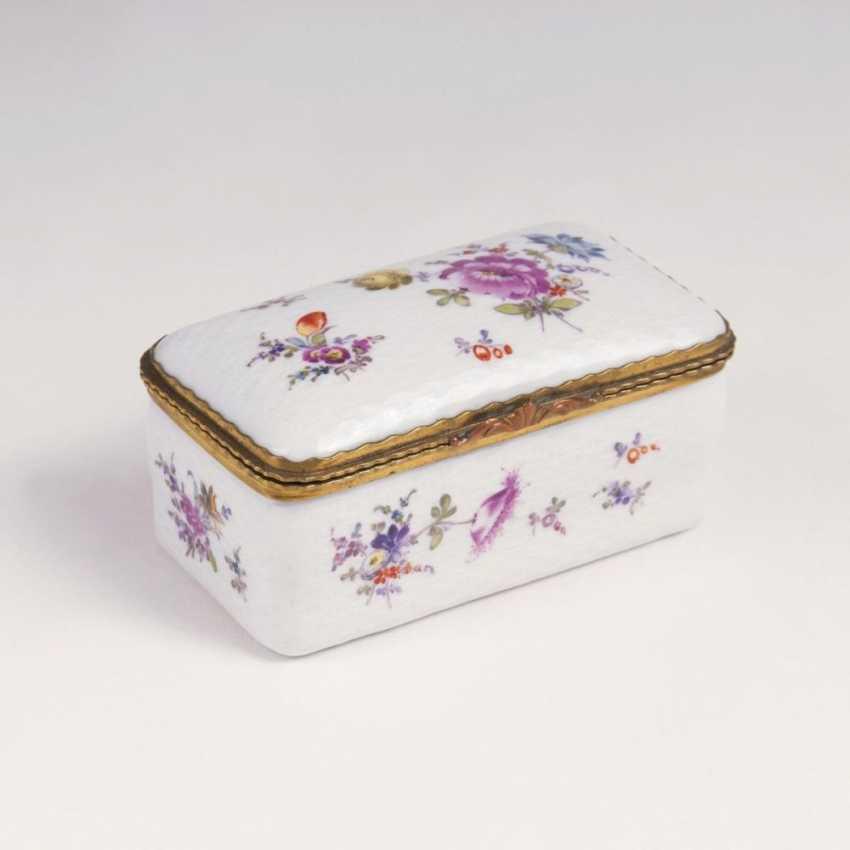 Tabatière с Ozier-плетеные цветы рельеф и живопись - фото 1
