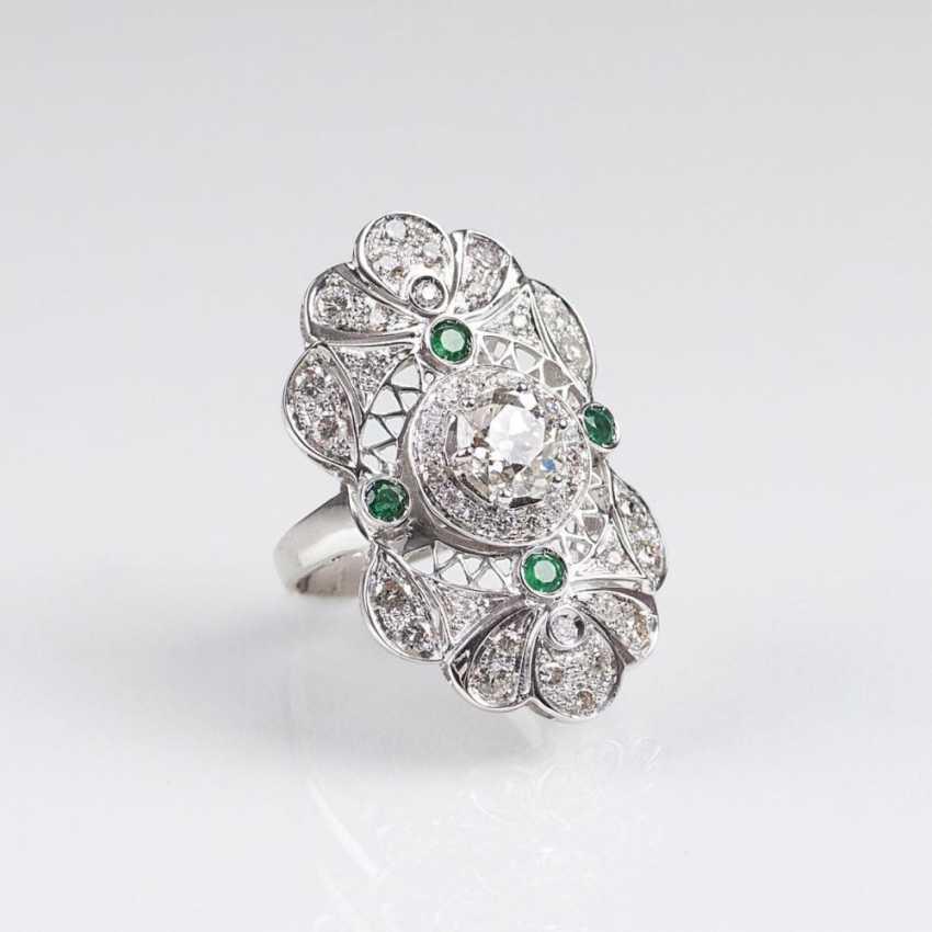 Большой бриллиант-изумруд-кольцо с Altschliff-пасьянс - фото 1