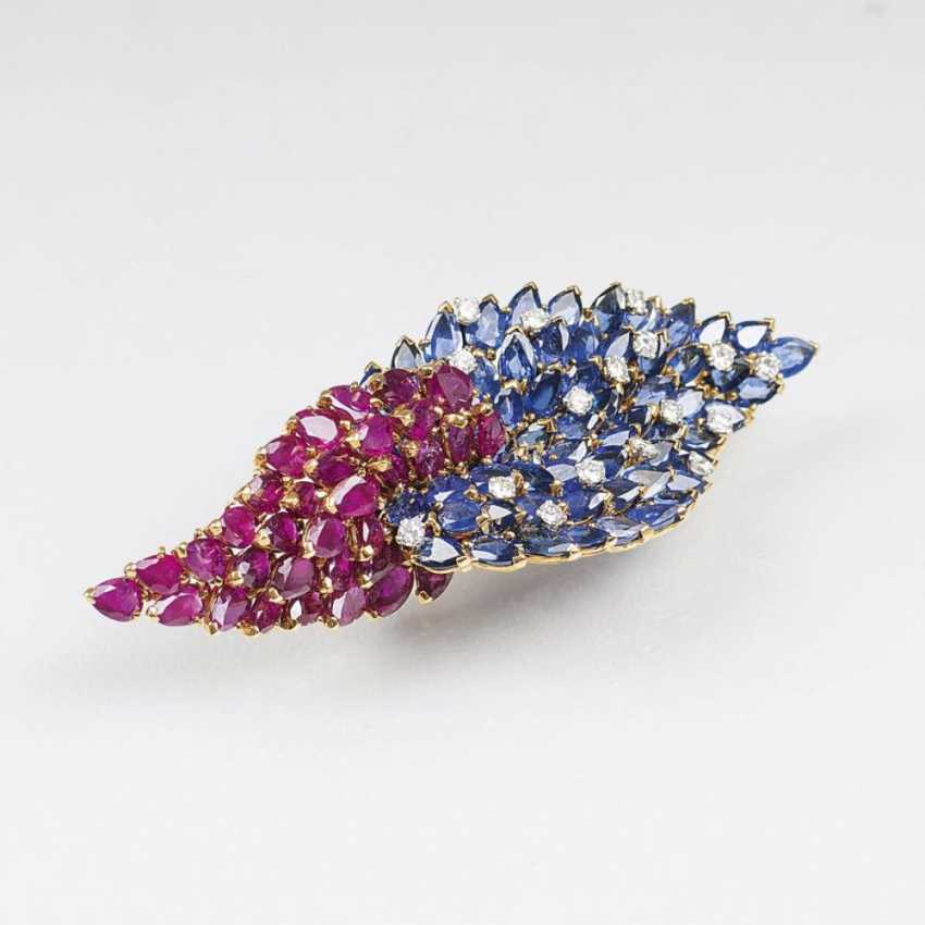 Outstanding Vintage brooch with rubies, diamonds and natural sapphires. - photo 1