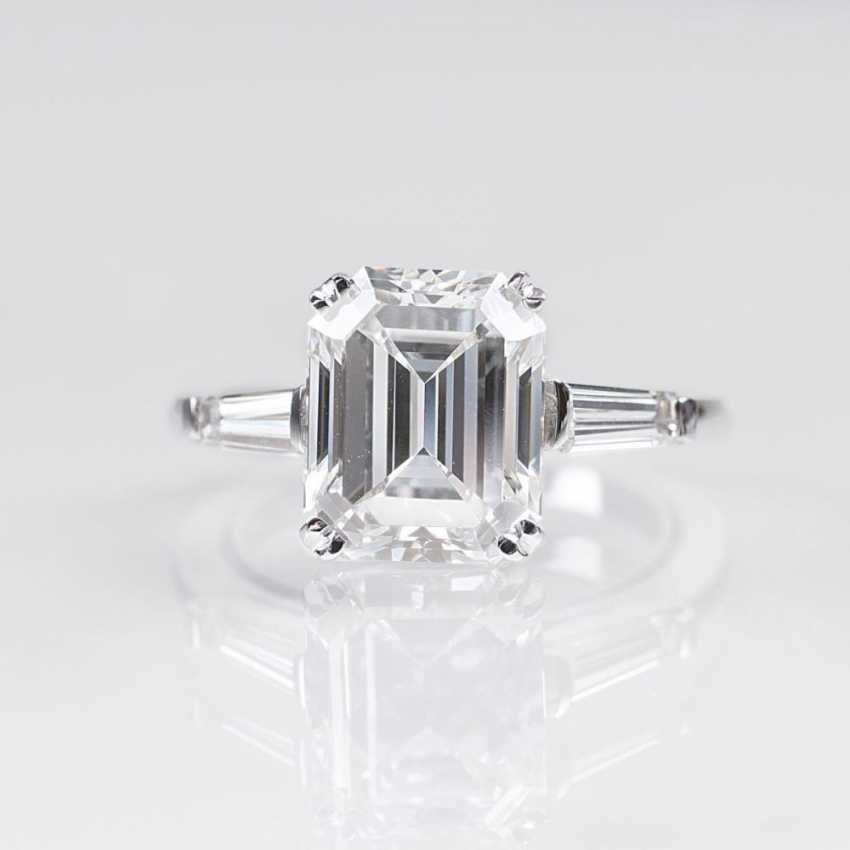 Мощная, тонкая белая пасьянс кольцо с бриллиантом - фото 1