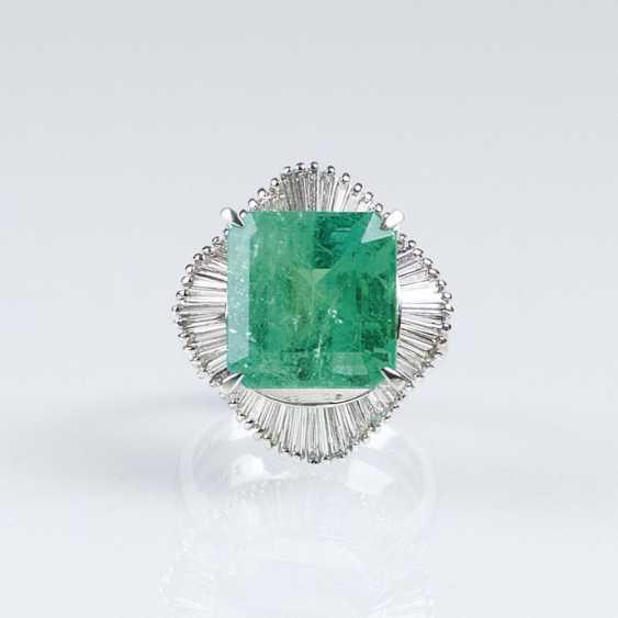 Высоко точный Колумбийский изумруд кольцо с алмазной отделкой - фото 1