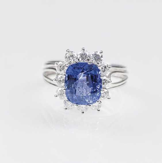 Высоко точный, природный сапфир кольцо с бриллиантовой отделкой - фото 1
