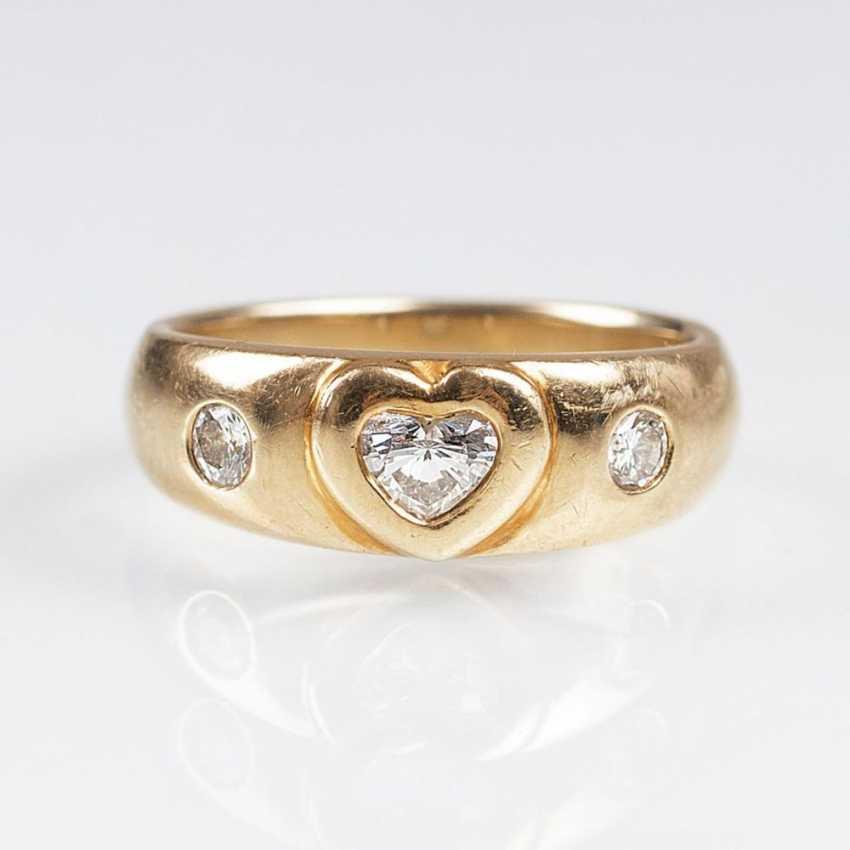 Золото-кольцо Herzdiamant МТИ - фото 1