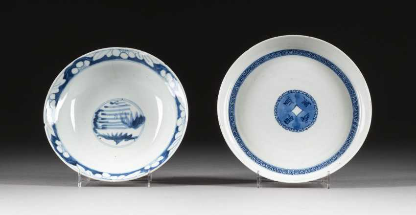 TWO BOWLS WITH BLUE PAINTING - photo 1