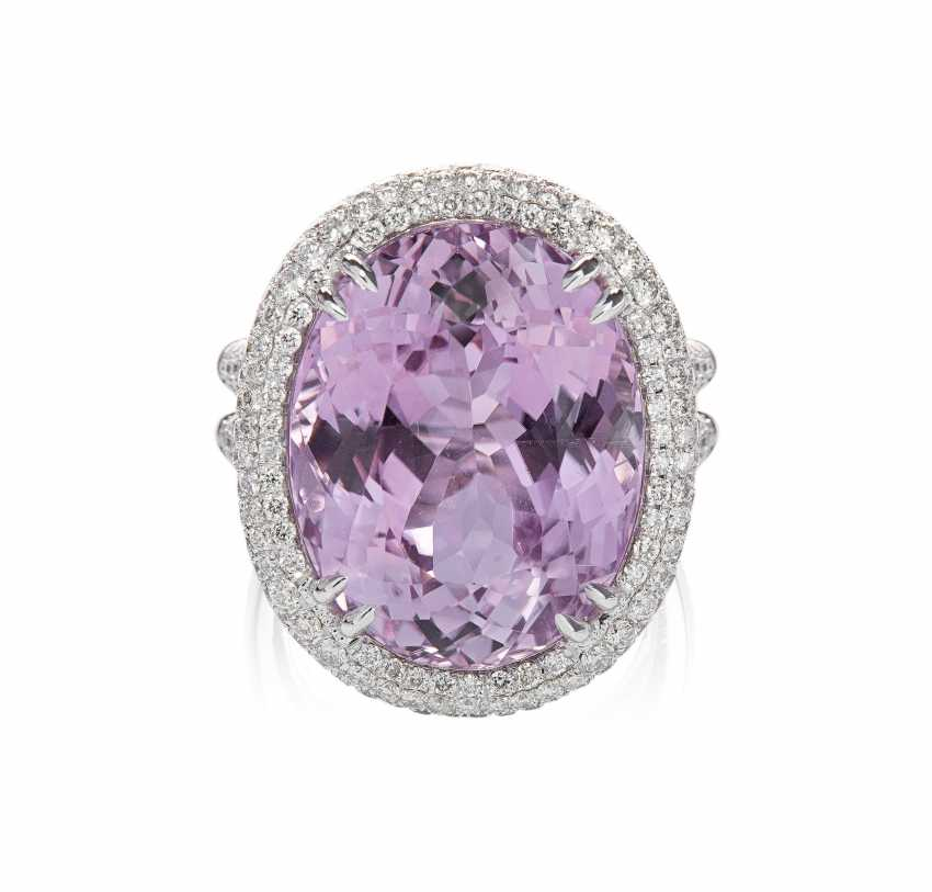 Kunzite And Diamond Ring