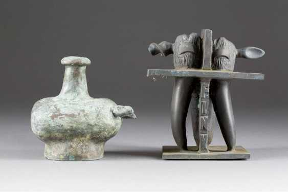 WOLFGANG FRESHNESS 1946 Uedem TWO bronze statues ('the VESSEL' AND 'molar tooth') - photo 1
