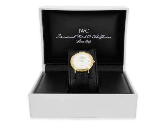 Watch: elegant, automatic IWC mens watch with enamel dial, reference 3209-03, original papers, original box and purchase receipt from 1994 - photo 2