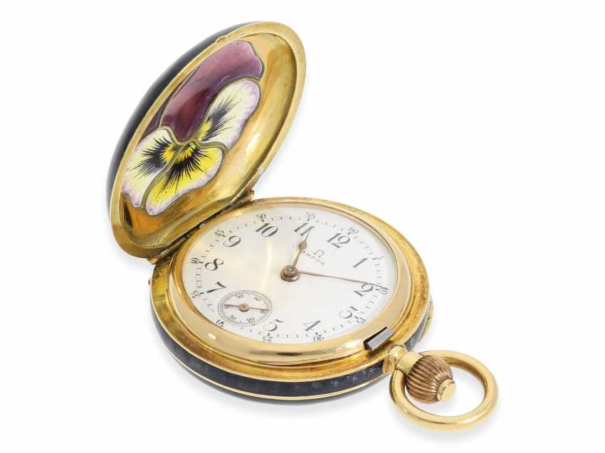 """Pocket watch: rarity, extremely rare women's watch in Gold/enamel-Savonnette-housing """"horn violets"""", exceptional quality, signed Omega, Switzerland, about 1900 - photo 2"""