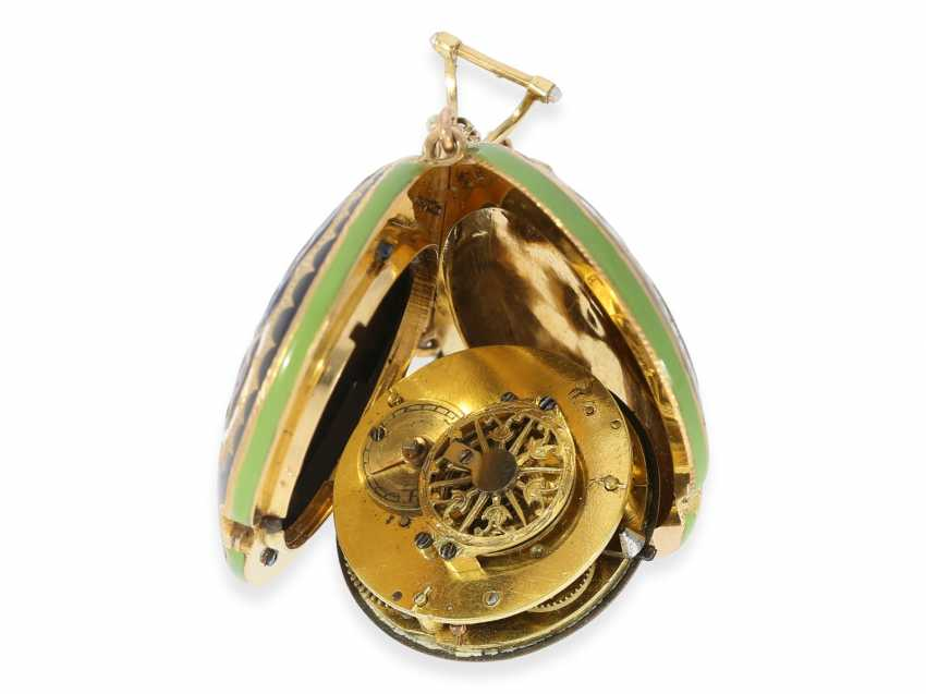 "Formuhr/Halsuhr: one of the most rare Gold/enamel form watches ""Butterfly"", probably Geneva CA. 1810 - photo 4"
