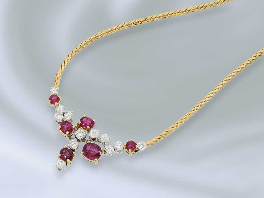 Chain/necklace: fine and decorative vintage middle part of the necklace with ruby/diamond trimming, crafted from 18K Gold, approx 2.3 ct - photo 1