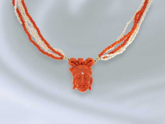 Chain/necklace: rare, multi strand vintage beads/coral necklace with fine coral cameo, probably from the Art Deco period - photo 3
