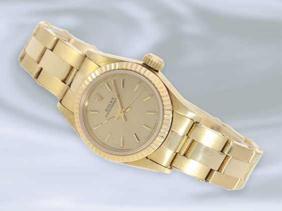Watch: luxury vintage ladies watch from Rolex, Lady, Oyster, Chronometer, Ref.67197 in 18K Gold, with original box, 80s - photo 4