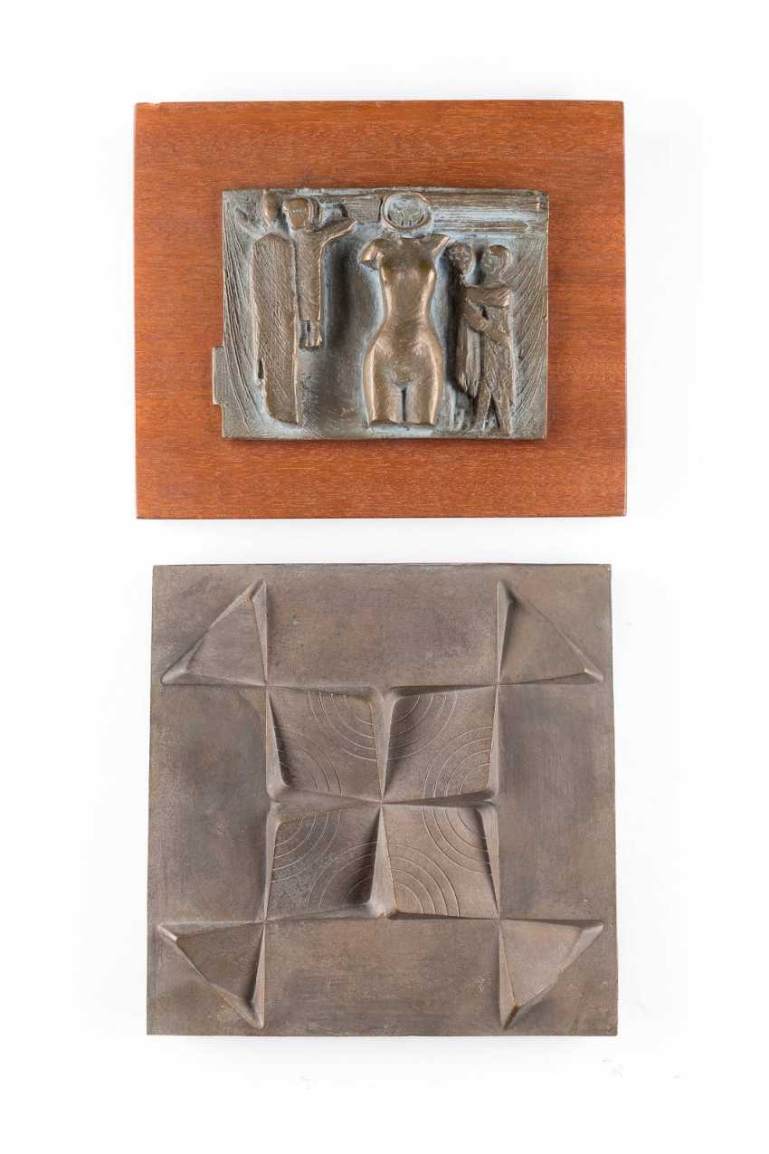 UNKNOWN image sculptor Active 2. Half of the 20. Century TWO relief panels - photo 1