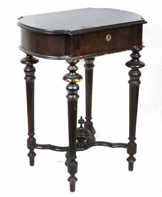 Historicism sewing table 1880 - photo 2