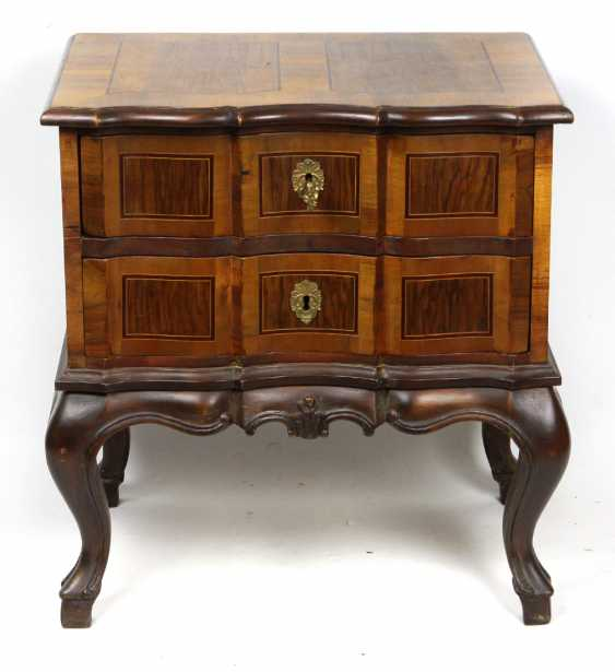 Chest of drawers in the Baroque form - photo 1