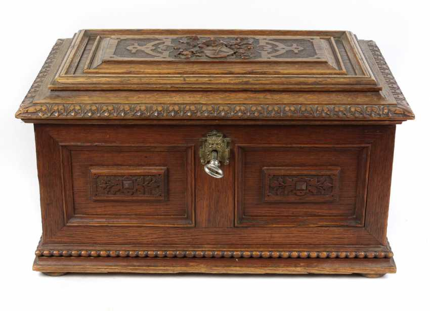 carved historicism chest to 1880 - photo 1