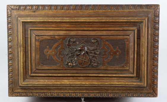 carved historicism chest to 1880 - photo 2