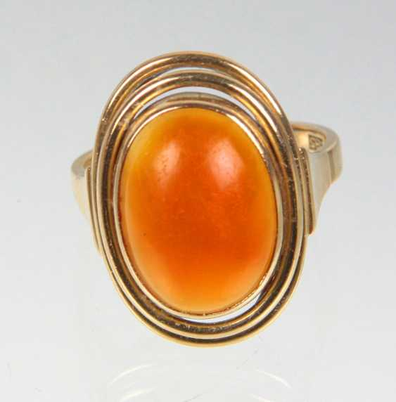 Design Ring with carnelian yellow gold 585 - photo 1