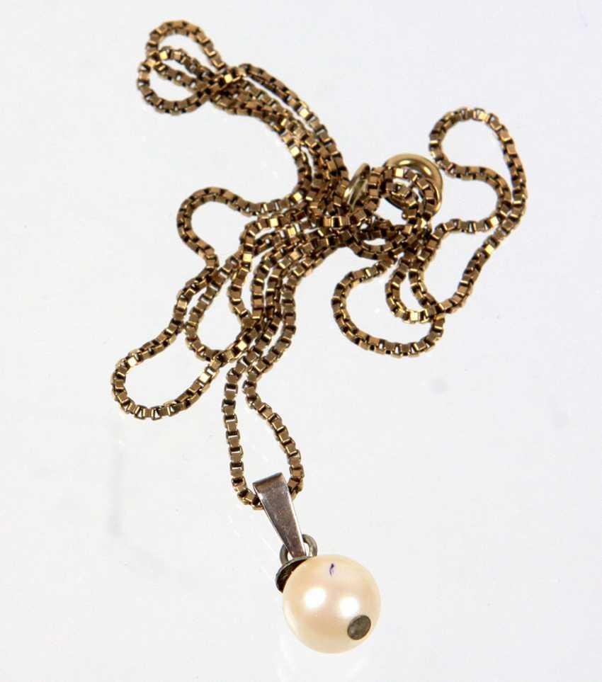 Venezinaner chain with pearl pendant - photo 1