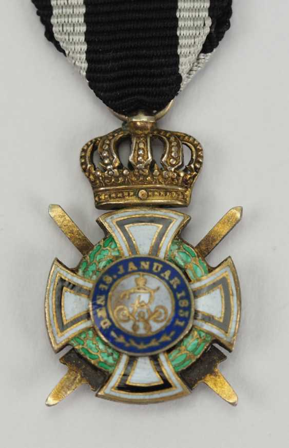 Prussia: Royal house medal of Hohenzollern, knights cross with swords miniature. - photo 3