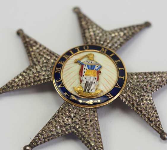 коллаже всего звезды англии военная награда фото владивосток является прекрасным