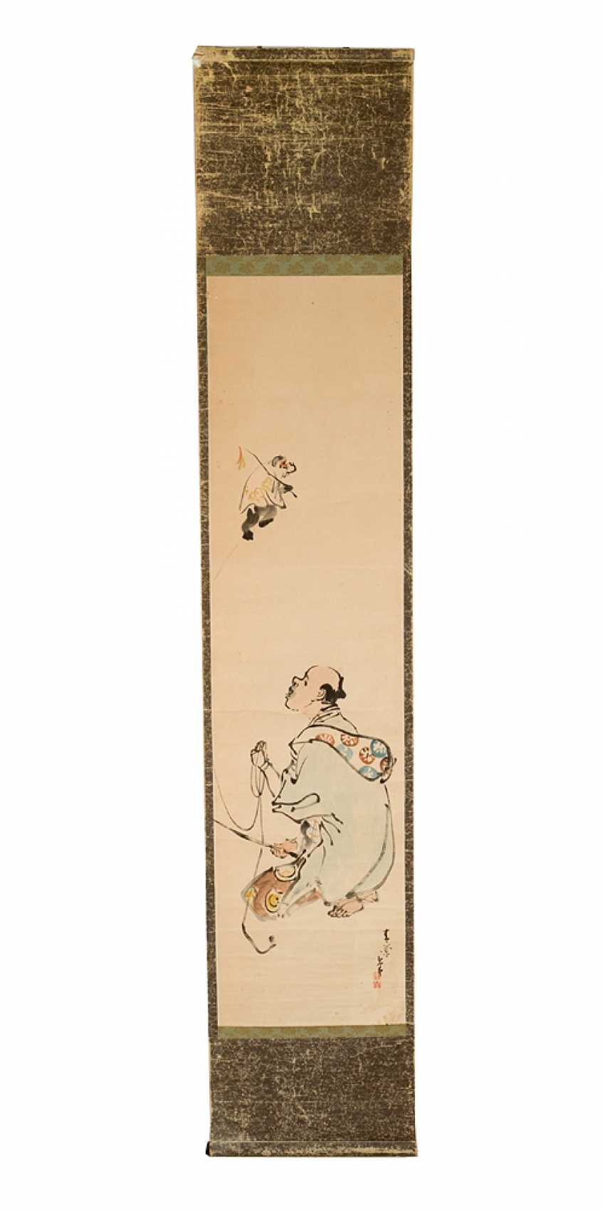 Chinese roll painting men and monkey Indian link and watercolour on paper signed - photo 1