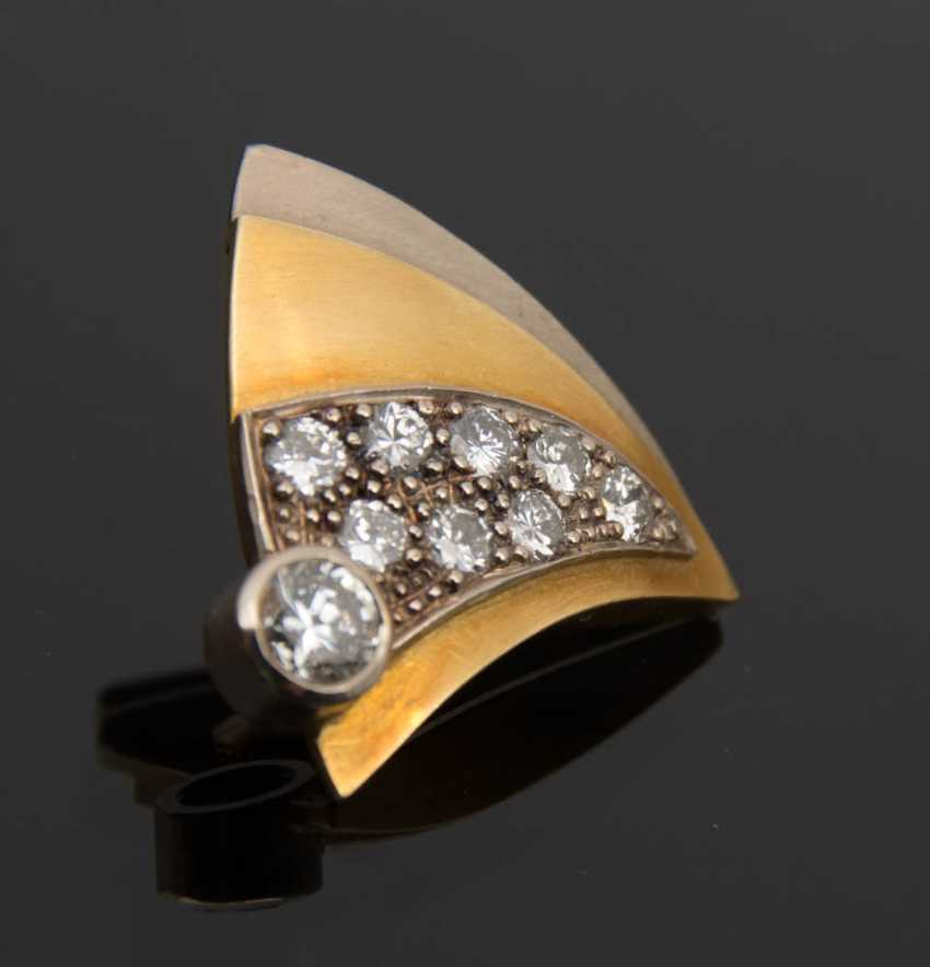 Gold brooch WITH DIAMONDS, 750 solid yellow gold. - photo 4