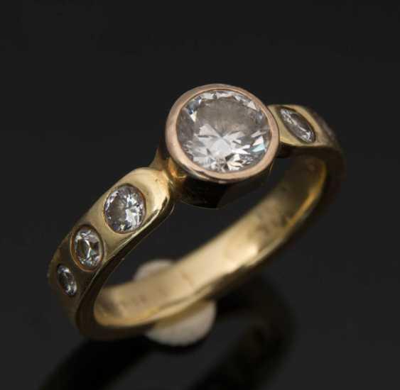 Ladies ring WITH DIAMONDS 1,1 carat diamonds 750 yellow gold. - photo 1