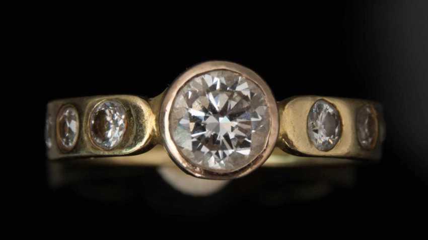 Ladies ring WITH DIAMONDS 1,1 carat diamonds 750 yellow gold. - photo 2