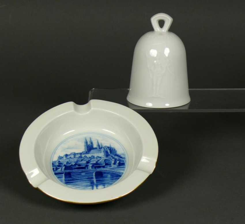 Table bell and ashtray - photo 1