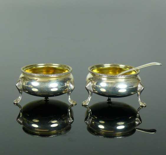 Pair Of Salt/Pepper Vessels - photo 1