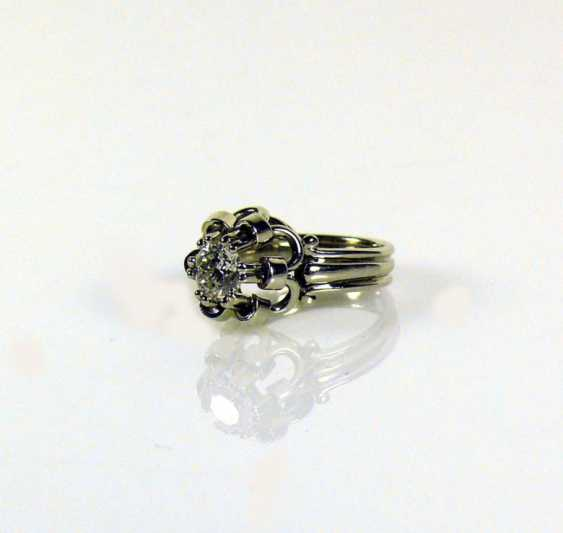 Solitaire Ladies Diamond Ring - photo 1
