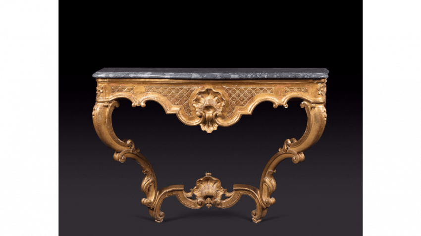 Console gilded wood amounts curved joined by a spacer topped by a shell - photo 1