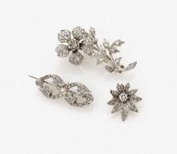 Three Diamond Brooches - photo 1