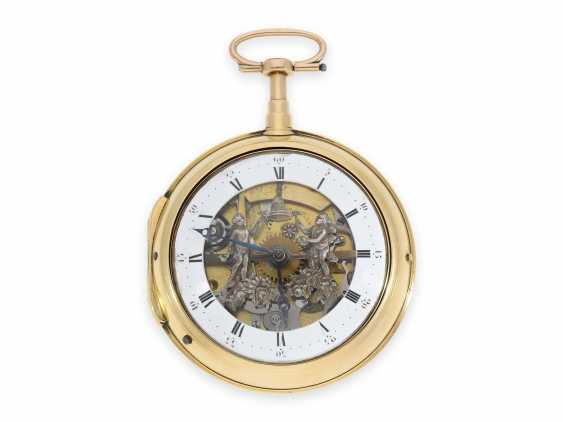 Pocket watch: particularly heavy Swedish double case-Spindeluhr with percussion and the figure of slot machine, CA. 1800 - photo 1
