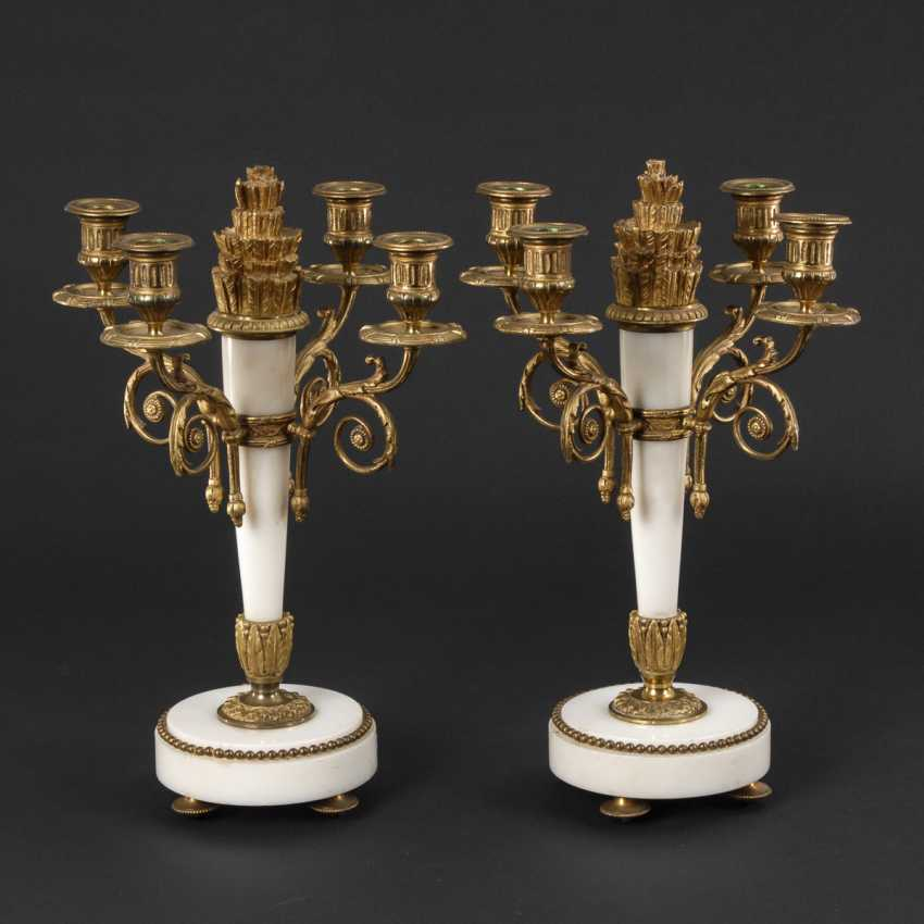 Some 4-lamp candelabra in the Empire style made of white marble with Bronze - photo 1