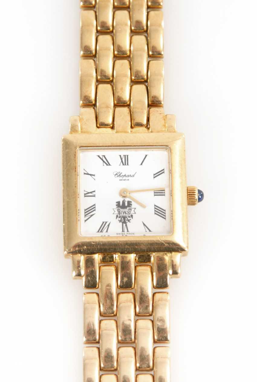 Часы золотые продать могу я ли часов алатыре стоимость в