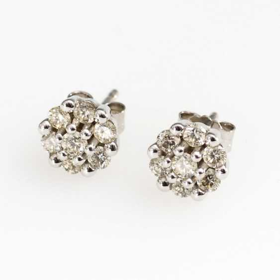 Small stud earring pair with brilliant - photo 1