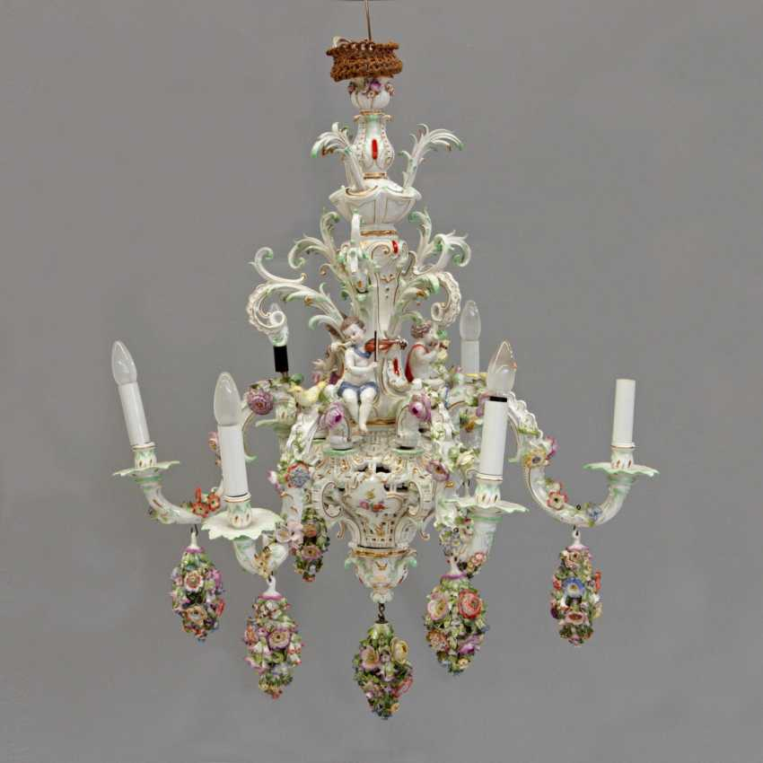 THE MAGNIFICENT CHANDELIER - photo 2