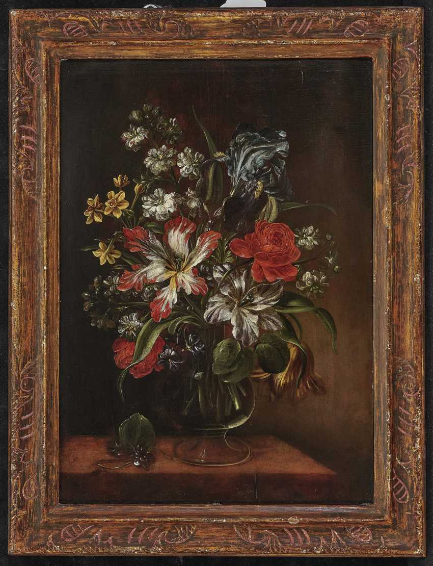 Bouquets of flowers in glass vases on stone plates and Two paintings. , Type of Hirscheli (Hirschel), Caspar to 1698 Prague to 1743, ibid. - photo 3