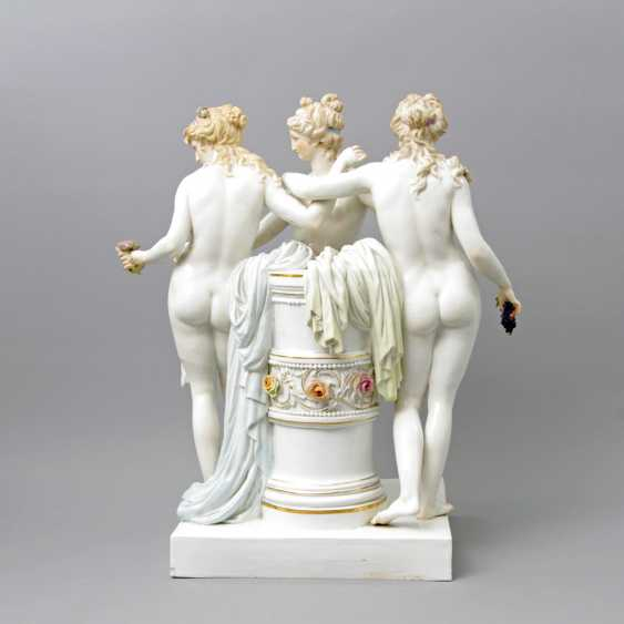 MEISSEN outstanding figure group